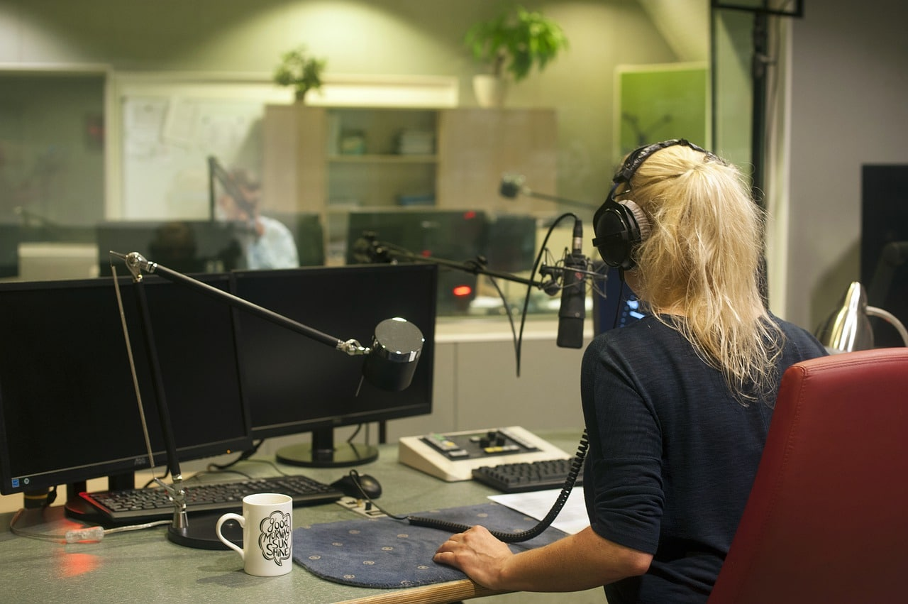 FINANCEMENT PUBLIC DES RADIOS ASSOCIATIVES